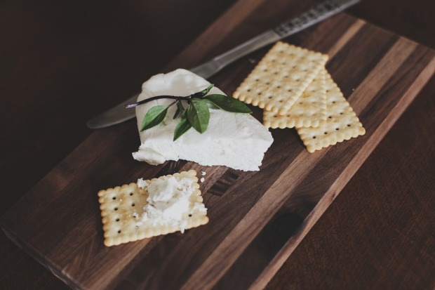 crackers & goat cheese